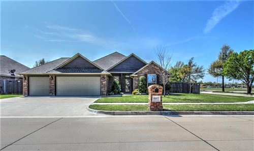 Photo of 6817 Milrace Lane, Oklahoma City, OK 73132 (MLS # 905130)