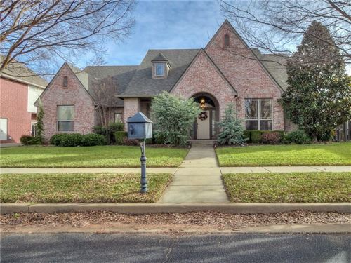 Photo of 18108 Barrington Drive, Edmond, OK 73012 (MLS # 892176)