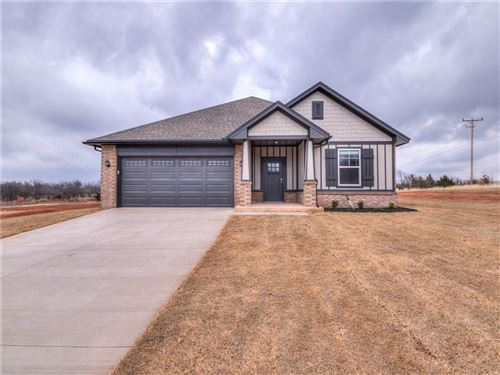 Photo of 14790 Meadow Ridge Lane, Edmond, OK 73025 (MLS # 887188)