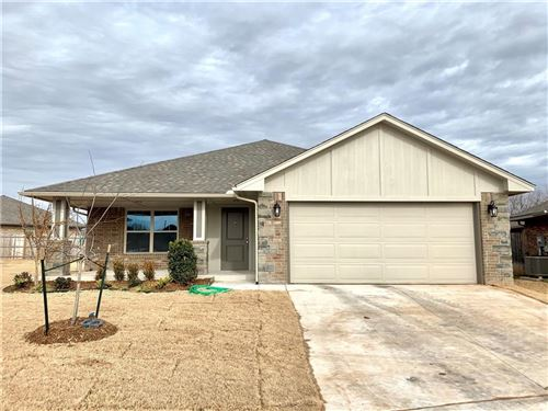 Photo of 1232 Hickory Creek Drive, Yukon, OK 73099 (MLS # 906208)
