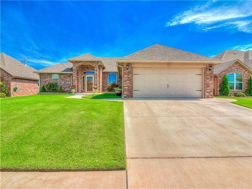Photo of 11444 NW 132nd Terrace, Piedmont, OK 73078 (MLS # 892228)