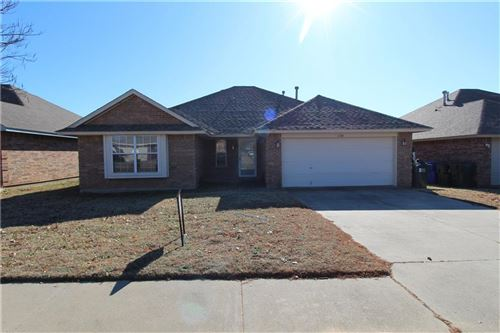 Photo of 1126 Barbary Drive, Norman, OK 73072 (MLS # 887242)