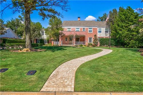 Photo of 1205 Glenwood Avenue, Nichols Hills, OK 73116 (MLS # 906257)