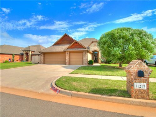 Photo of 11217 SW 39th Street, Mustang, OK 73064 (MLS # 918286)