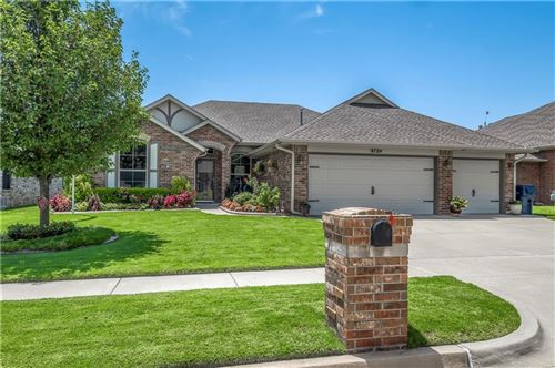 Photo of 8724 NW 72nd Court, Warr Acres, OK 73132 (MLS # 929304)