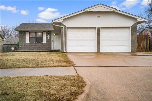 Photo of 658 W Shepherd Drive, Mustang, OK 73064 (MLS # 897335)