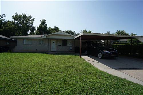 Photo of 735 N Butler Street, Moore, OK 73160 (MLS # 968385)