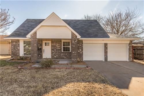 Photo of 3404 Hillside Drive, Del City, OK 73115 (MLS # 892408)