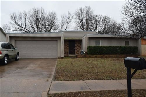 Photo of 2116 Bois de Arc Circle, Norman, OK 73071 (MLS # 897437)