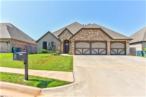 Photo of 608 HUMBER BRIDGE CT, Edmond, OK 73034 (MLS # 845445)
