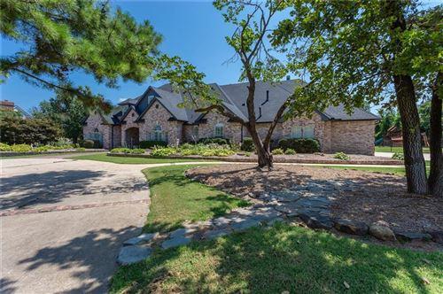 Photo of 5700 Ridgefield Drive, Oklahoma City, OK 73150 (MLS # 968471)