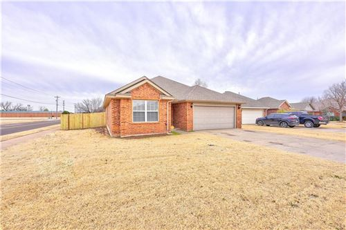 Photo of 204 John Rausch Lane, Edmond, OK 73003 (MLS # 892491)