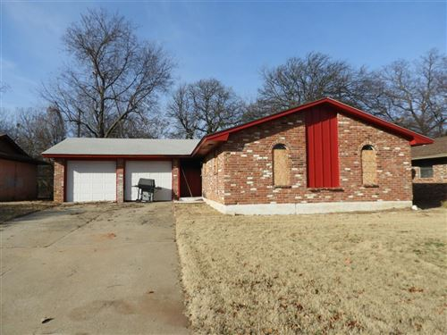 Photo of 1537 Marydale Avenue, Midwest City, OK 73130 (MLS # 896498)
