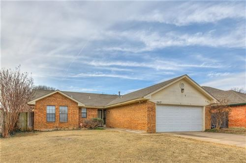 Photo of 2417 W Park Place, Moore, OK 73160 (MLS # 896532)