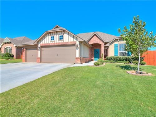 Photo of 541 Foss Drive, Edmond, OK 73025 (MLS # 892566)