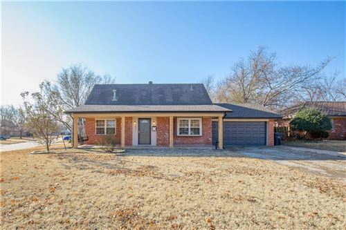 Photo of 1801 Bellaire Circle, Moore, OK 73160 (MLS # 891570)