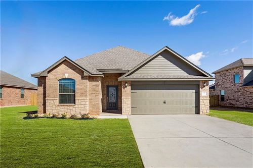 Photo of 253 E Georgia Terrace, Mustang, OK 73064 (MLS # 892583)