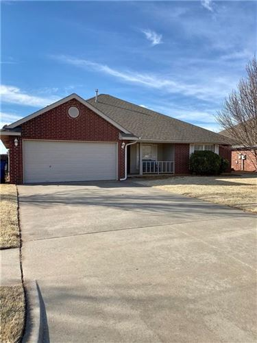 Photo of 503 S Pointe Lane, Mustang, OK 73064 (MLS # 892594)