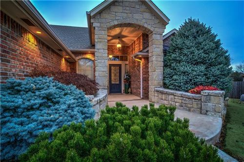 Photo of 19413 Stone Cress Court, Edmond, OK 73012 (MLS # 892655)
