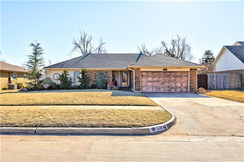 Photo of 524 S Silver Drive, Mustang, OK 73064 (MLS # 945657)