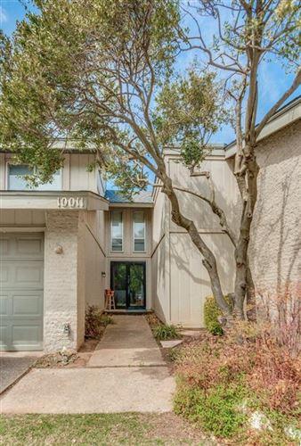 Photo of 10011 Hefner Village Terrace, Oklahoma City, OK 73162 (MLS # 953665)