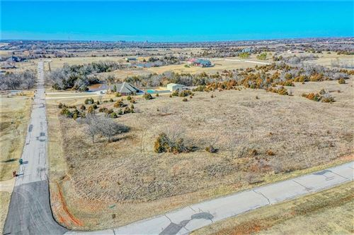 Photo of 4501 Hunters Glen Road, Norman, OK 73026 (MLS # 897686)