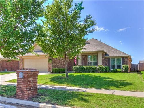 Photo of 2404 SW 138th Street, Oklahoma City, OK 73170 (MLS # 918709)