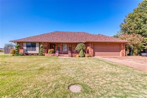 Photo of 1018 N Park Place, Kingfisher, OK 73750 (MLS # 887724)