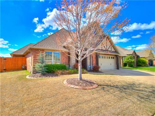 Photo of 17417 N White Hawk Drive, Edmond, OK 73012 (MLS # 906766)