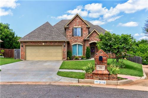 Photo of 316 Evie Place, Moore, OK 73160 (MLS # 918766)