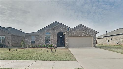 Photo of 11308 SW 36th Street, Mustang, OK 73064 (MLS # 904777)
