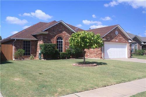 Photo of 12909 Maple Leaf Drive, Oklahoma City, OK 73170 (MLS # 918787)