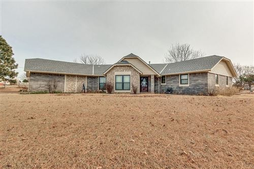 Photo of 250 N Douglas Boulevard, Guthrie, OK 73044 (MLS # 897808)