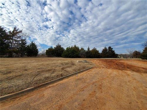 Photo of 000 Private Road, Harrah, OK 73045 (MLS # 897812)