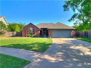 Photo of 300 Ramsey Court, Norman, OK 73072 (MLS # 889825)