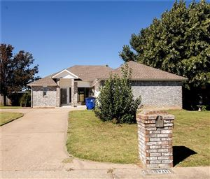 Photo of 1701 Overland Trail, Choctaw, OK 73020 (MLS # 886833)