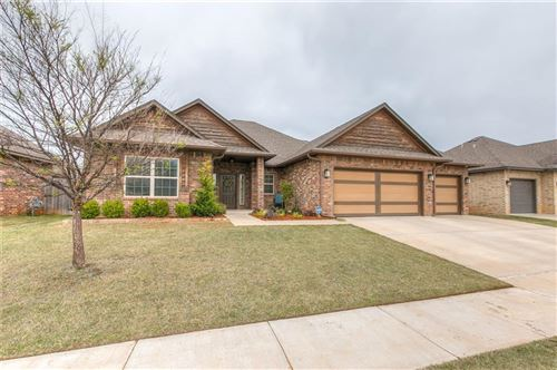 Photo of 17328 Shadow Hawk Lane, Edmond, OK 73012 (MLS # 906841)