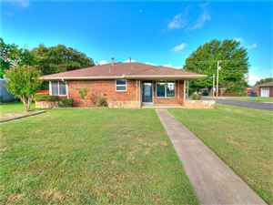 Photo of 2421 Maple Drive, Midwest City, OK 73110 (MLS # 883855)