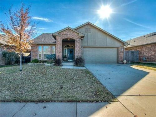 Photo of 2808 NW 183rd Street, Edmond, OK 73012 (MLS # 897866)