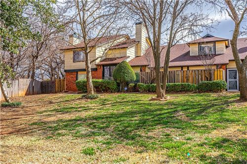 Photo of 8806 N Rockwell Drive, Oklahoma City, OK 73132 (MLS # 906878)