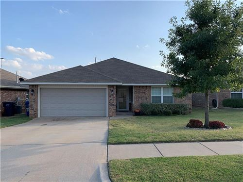 Photo of 824 NW Crown Heights Lane Lane, Purcell, OK 73080 (MLS # 932911)