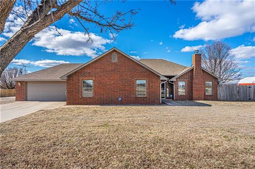 Photo of 10300 Windridge Drive, Lexington, OK 73051 (MLS # 901925)