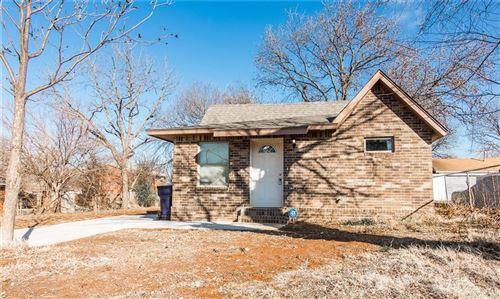 Photo of 2437 SW 32nd Street, Oklahoma City, OK 73119 (MLS # 897938)