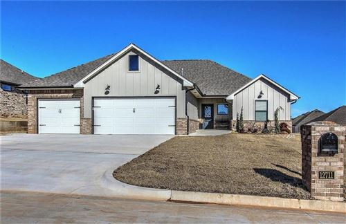 Photo of 12711 Forest Terrace, Choctaw, OK 73020 (MLS # 896960)