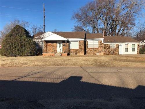Photo of 2321 Doris Avenue, Del City, OK 73120 (MLS # 896997)