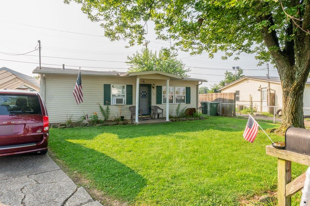 Photo of 721 Jed Place, Owensboro, KY 42301 (MLS # 82045)