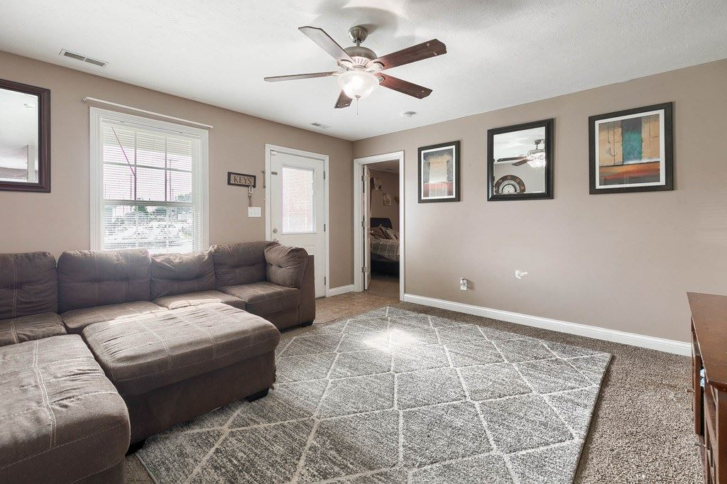 Photo of 903 Hall Street, Owensboro, KY 42301 (MLS # 82058)
