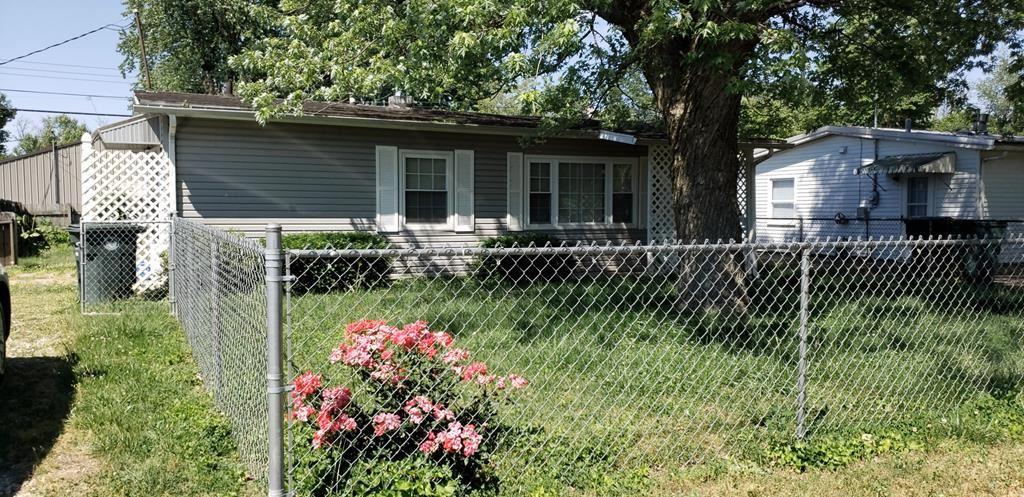 Photo of 2931 BAYBROOK ST, Owensboro, KY 42301 (MLS # 79076)