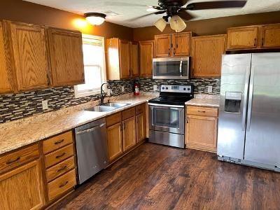 Photo of 3926 Reliant Circle, Owensboro, KY 42301 (MLS # 82082)