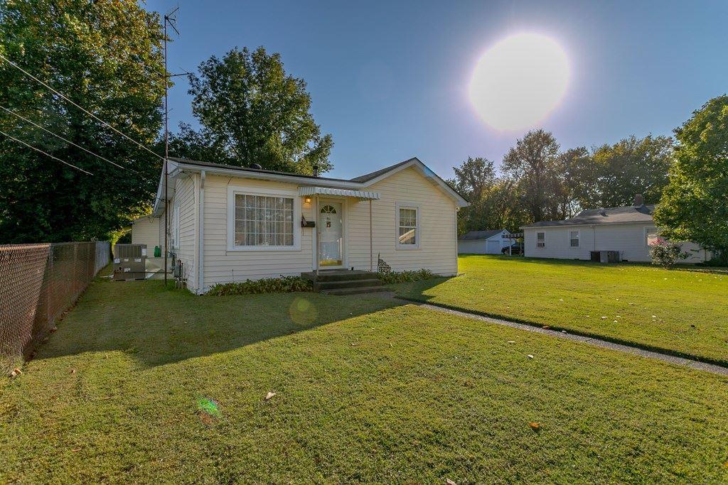 Photo of 1706 Ohio St, Owensboro, KY 42301 (MLS # 80086)